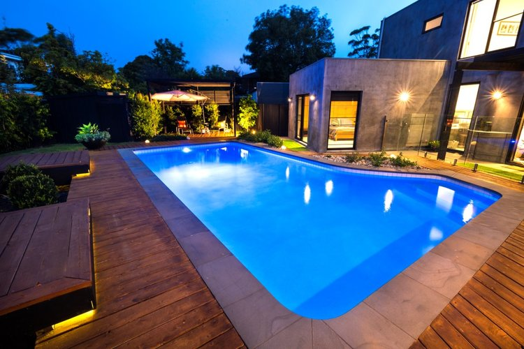 pool building tips